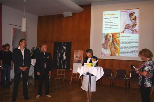 Formen:Welten; vlnr.: Künstler Dieter Thomas Poindl, Künstler Johannes Hickelsberger,Frau Bezirkshauptmann Waltraud Müllner Toifl,