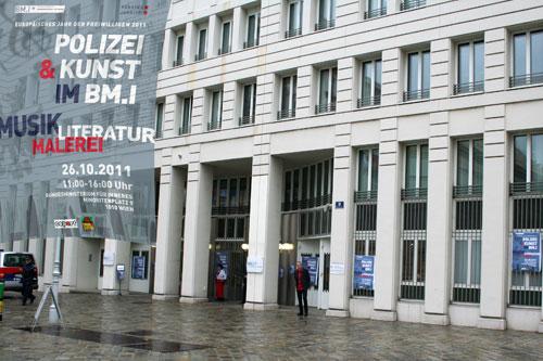Bundesministerium für Inneres mit dem Künstler Dieter Thomas Poindl