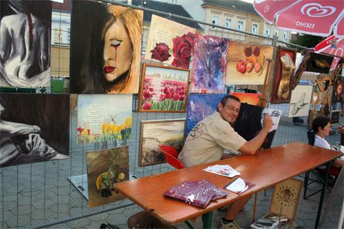 Dieter Poindl - Montmartre in Korneuburg, der Künstler bei der Arbeit